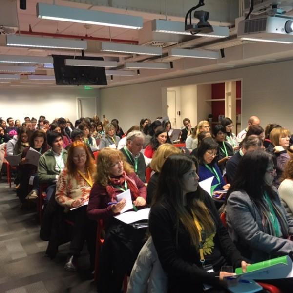 168 horas docentes recibieron una capacitaci n sobre for Google argentina oficinas
