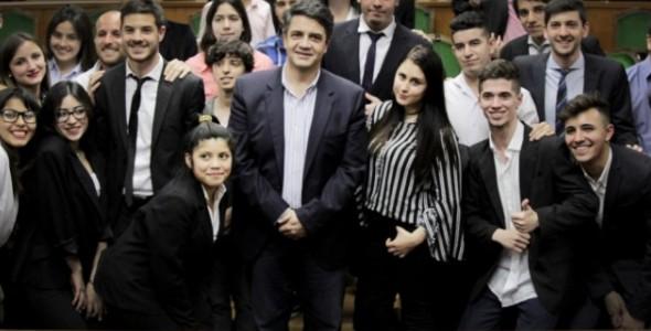 Jorge Macri participó en un nuevo plenario del Parlamento de la Juventud